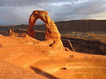 Arches National Park - Delicate Arch beim Sonnenuntergang