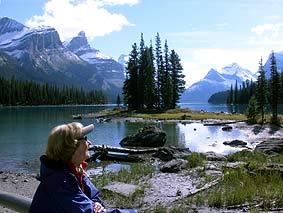 Wunderbare Entspannung in den weiten Naturlandschaften und an verzauberte Seen