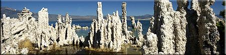 Kalktuff im Mono Lake am Fusse der Sierra Nevada