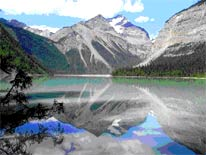 Mt. Robson am Kinney Lake