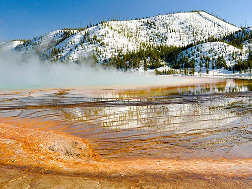 Yellowstone National Park im Winter, Prismatic Hot Spring